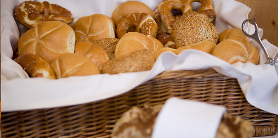 Bread, breadrolls and bretzels